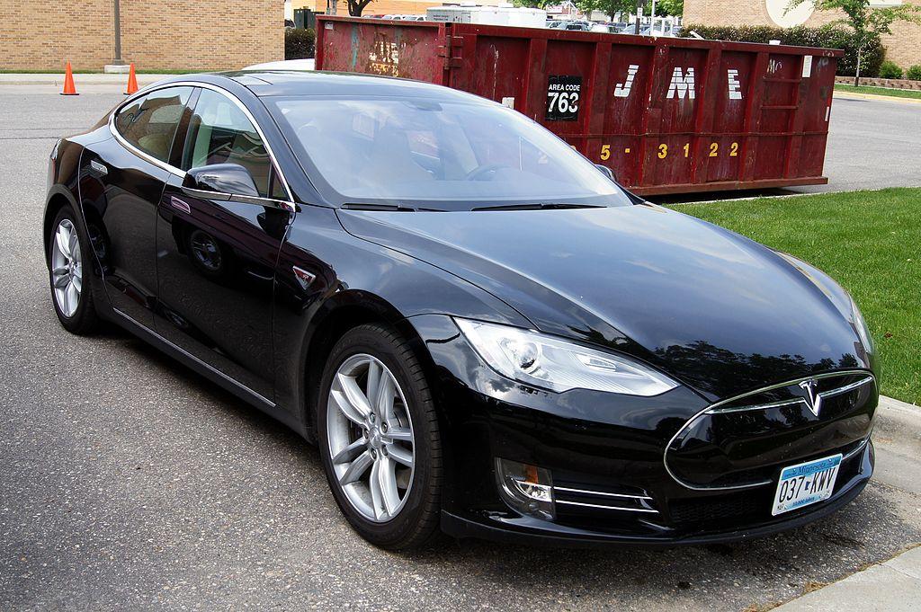 Ein Tesla Model S (Foto: Greg Gjerdingen)