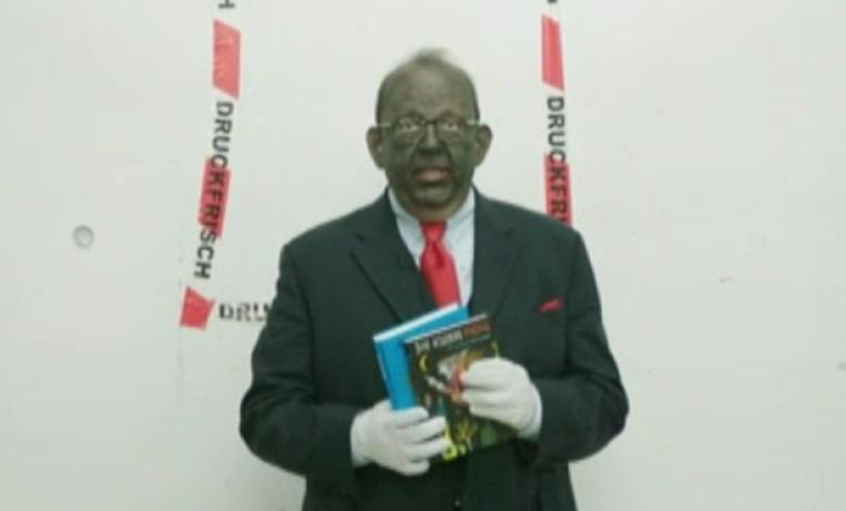 Denis Schecks berüchtigter Blackface-Auftritt 2013 (Screenshot aus der ARD-Mediathek)