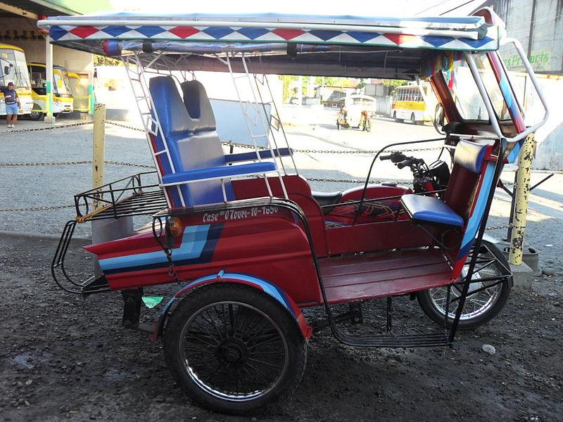 Benzin-Trikes wie dieses sollen in Manila in Kürze durch E-Mobile ersetzt werden