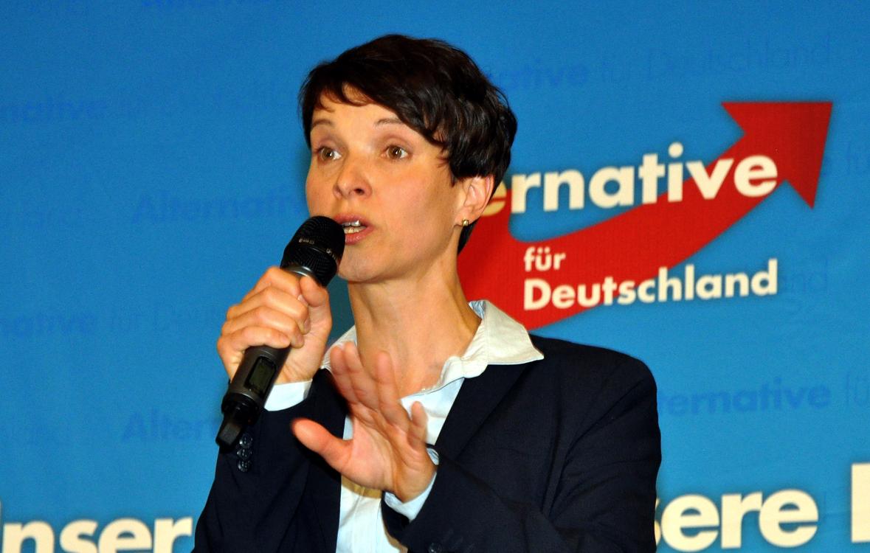 Frauke Petry 2016 in München (Foto: Harald Bischoff, Ausschnitt, Lizenz: CC BY-SA 3.0)