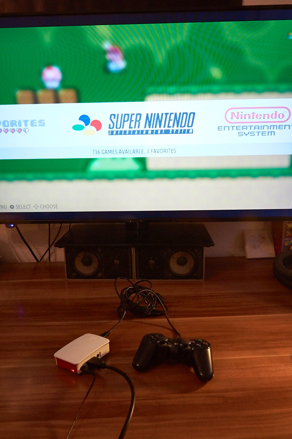 Das Setup: Pi, USB-Controller, HDMI-TV